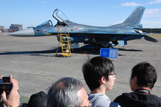 F-2_2.jpg