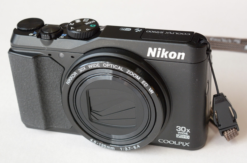 Nikon-S9900_Front.jpg