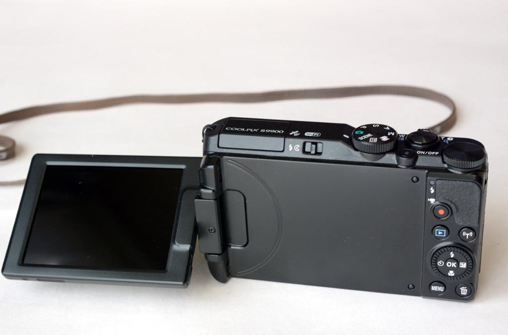 Nikon-S9900_Low-pos.jpg
